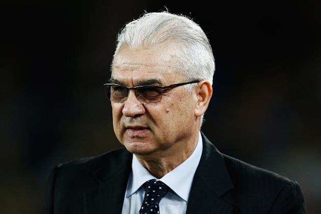 Сборная Румынии осталась без тренера