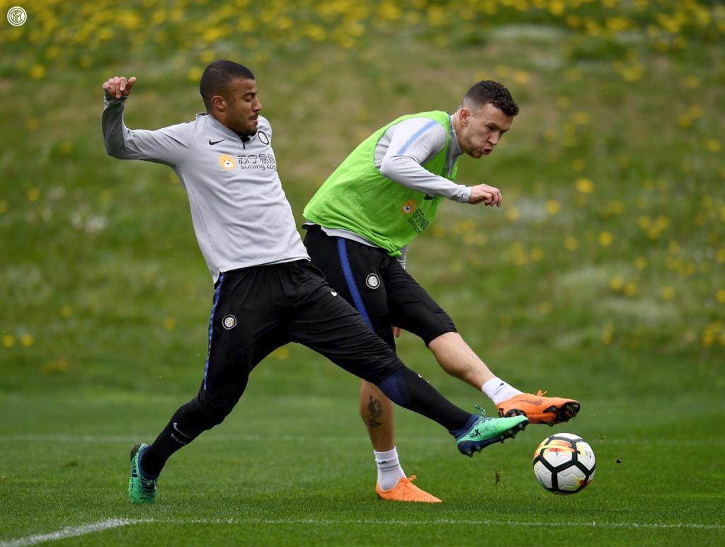 Алехандро Гомес не сможет играть за Италию