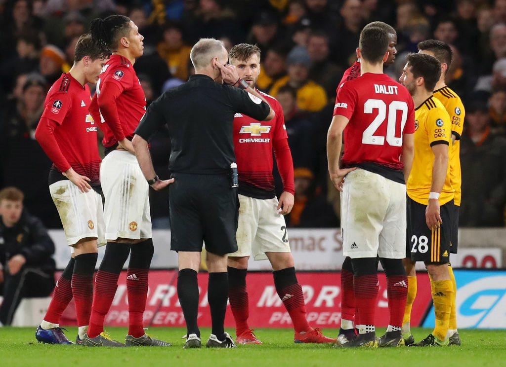 «Манчестер Юнайтед» уступил «Вулверхэмптону» срезультатом 1:2— чемпионат Британии
