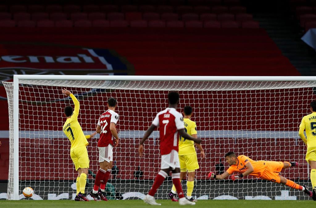 Вильярреал сыграл вничью с Арсеналом и впервые в истории вышел в финал Лиги Европы