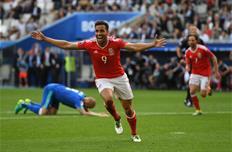 Уэльс 2:1Словакия