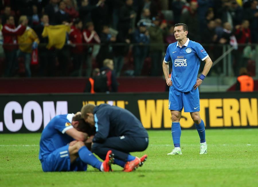 Днепр уступает Севилье в финале Лиги Европы УЕФА