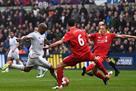 Суонси на своем поле обыгрывает Ливерпуль