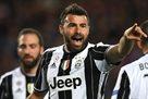 Барцальи: Буффон говорит, чтобы я завязывал с футболом