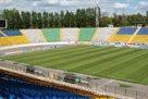 Матч Волынь – Карпаты пройдет на стадионе Украина