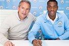 Адарабиойо продлил контракт с Манчестер Сити