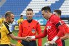 Арбитр матча Олимпик – Александрия допустил две ошибки еще до начала встречи