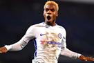 Четыре клуба АПЛ поборются за полузащитника Челси