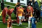 Гомис потерял сознание во время матча, но пришел в себя и продолжил игру