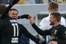 Динамо проиграло Вересу в матче с тремя удалениями