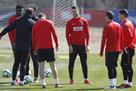 Атлетико провел тренировку в составе четверых футболистов