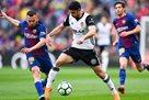 Барселона не без проблем обыграла Валенсию