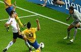 Клозе забивает, фото Kicker.de