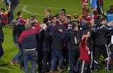 Албанцы празднуют выход на Евро, uefa.com