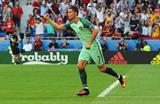 Криштиану Роналду празднует гол в ворота сборной Венгрии, Getty Images