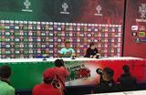 Луиш Нани на пресс-конференции, uefa.com
