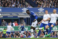 Ромелу Лукаку сравнивает счет в матче, - Getty Images