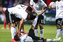 Джошуа Киммих пострадал от судороги после забитого мяча, Getty Images