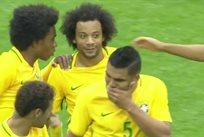 Марсело отличился за сборную Бразилии, кадр из видео
