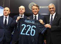 Марко Фассоне (справа от Манчини), Getty Images