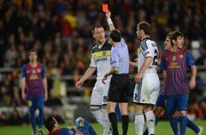Чакыр обслужит матч Челси — Барселона