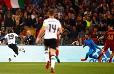 Мане открыл счет в матче, Getty Images