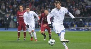 Ярмоленко забивает второй мяч в игре, fcdynamo.kiev.ua