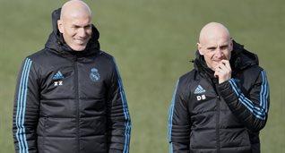 Зинедин Зидан (слева), УЕФА