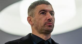Александр Коларов, uefa.com