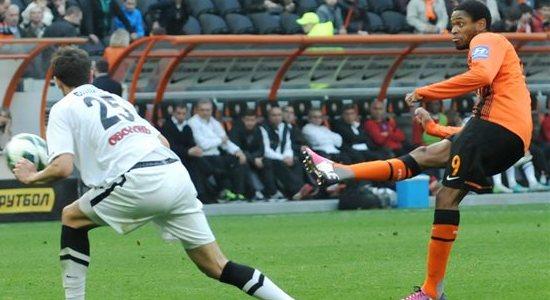 Луис Адриано во вчерашнем матче, фото Михаила Масловского, Football.ua