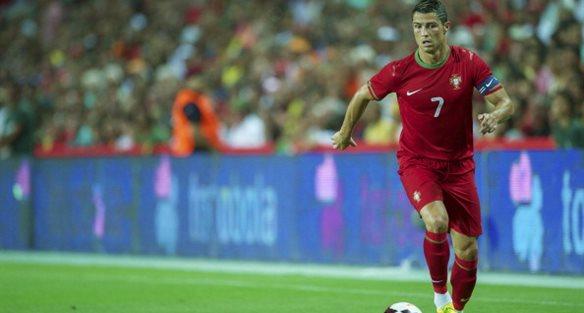 Криштиану Роналду принес победу Португалии. Getty Images