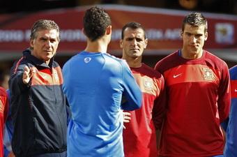 Даниэль Фернандеш справа, фото Reuters
