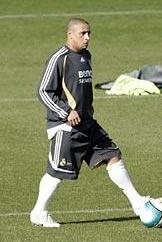 Роберто Карлос снова тренируется, фото .realmadrid.es