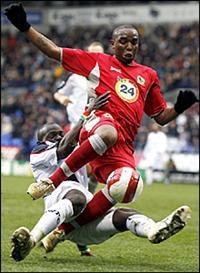 Файе не очень чисто играет против Маккарти, фото BBC