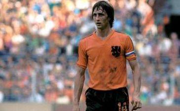 Это Йоханн Круифф. Его огорчают ваши тотальные футболы