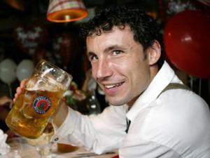 Ван Боммель любит пить Пауляйнер, Reuters