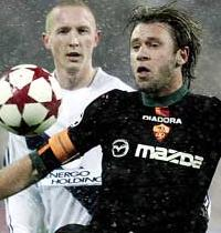 Тиби против Кассано, uefa.com