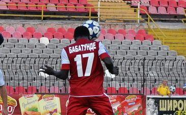 Бабатунде открыл счет, фото Е. Анистрата, Football.ua