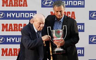 Альфредо Ди Стефано и Жозе Моуриньо, фото marca.com