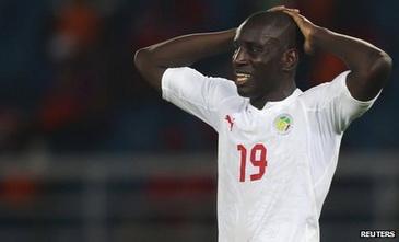 Демба Ба Сенегалу не очень-то помог, Reuters
