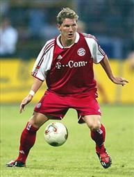 Бастиан Швайнштайгер, фото bastianschweinsteiger.com