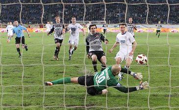 Олейник ставит точку в матче, фото С.Ведмидь, Football.ua
