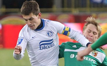 Кравченко в действии, фото Станислав Ведмидь, Football.ua