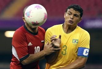 Тиаго Силва и человек-мяч, фото Getty Images