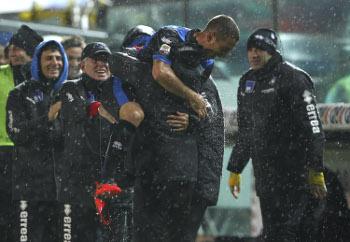 Кармона празднует победный гол, Getty Images
