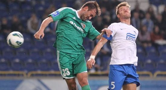 Мандзюк в игре против Ворсклы, фото Станислав Ведмидь, Football.ua