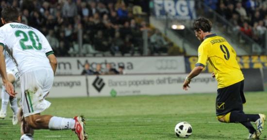 Ардеманьи оформил дубль в матче с лидером, фото corrieredellosport.it