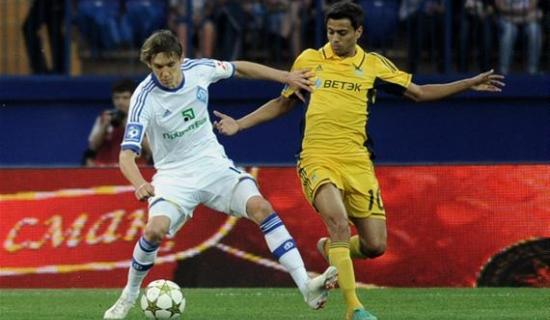 Шавьер в борьбе с Гармашем, фото Football.ua