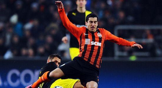 Мхитарян в игре против своего будущего клуба, Getty Images