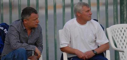 Кто сядет в пустой стульчик? :) fcdynamo.kiev,.ua